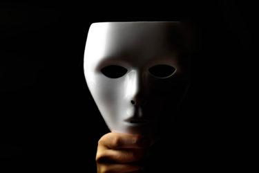 「仮面うつ」という言葉の意味が間違って使われていることが多いので、正しい意味が広まってほしい。